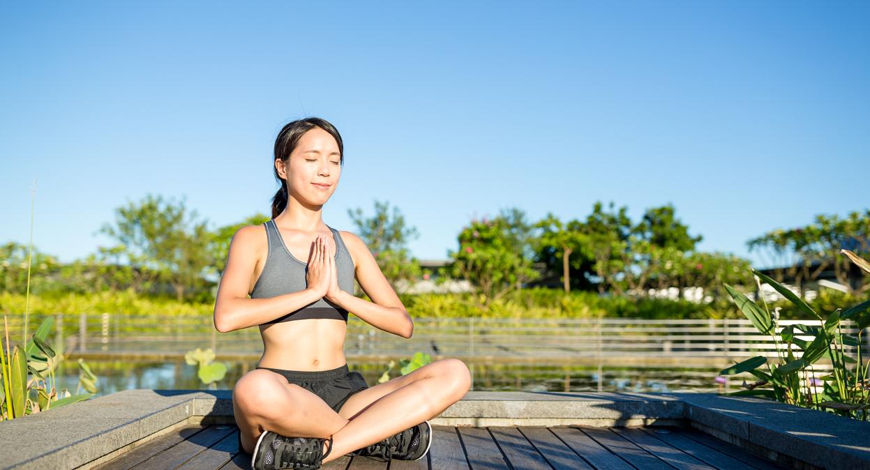 ¿Has intentando meditar pero nada más no puedes? Te damos 5 tips para comenzar esta práctica